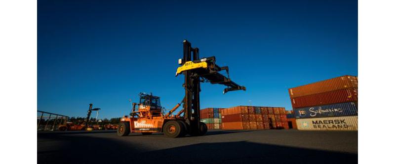 Port of Nanaimo and DP World seal Nanaimo – Duke Point lease agreement
