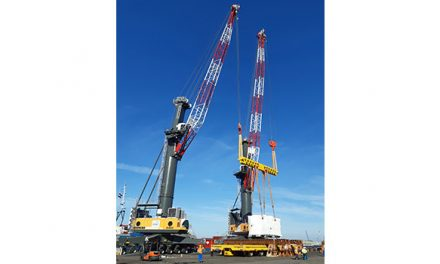 Liebherr Sycratronic tandem lifting system a trailblazer for the wind industry